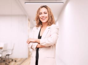 Rebeca is a lawyer with more than 10 years of experience in this area